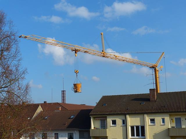 Żurawie wieżowe i szybkomontujące - szkolenia UDT Warszawa